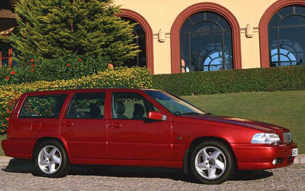 Фото Volvo V70  (1996-1999)