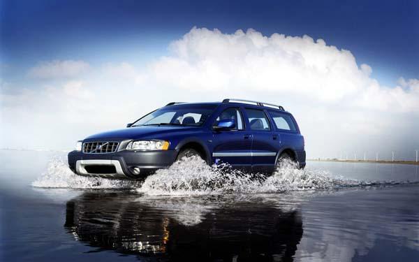 Фото Volvo XC70  (2000-2006)