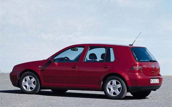 Фото Volkswagen Golf  (1997-2003)