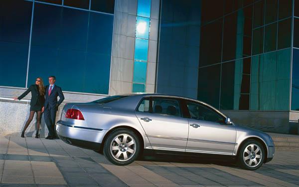 Фото Volkswagen Phaeton  (2002-2007)