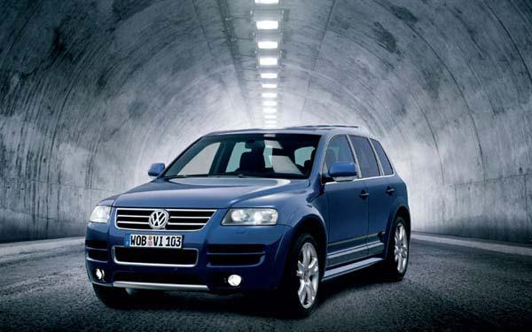 Фото Volkswagen Touareg W12  (2005-2007)