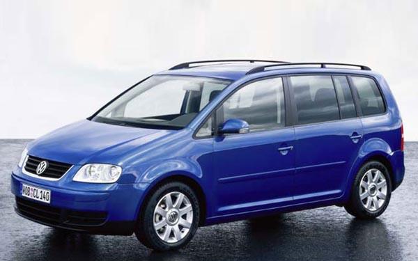 Фото Volkswagen Touran  (2003-2006)